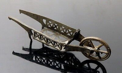 Stuart Period Miniature Pewter Toy Wheelbarrow (L39)