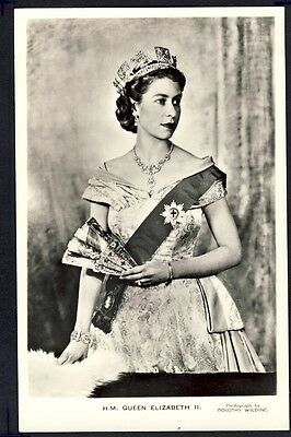 Old Postcard Valentine's ROYALTY England UNITED KINGDOM H.M. QUEEN ELIZABETH