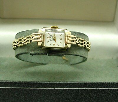 1960's Lovely Ladies Art Deco Style 9ct Gold Smiths Astral Bracelet Watch