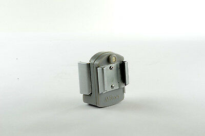 T093 - Flash adapter for Nikon F cameras