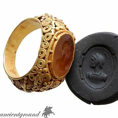 MUSEUM QUALITY , MASSIVE ROMAN GOLD 24c SEAL RING WITH CARNELIAN STONE CIRCA 100