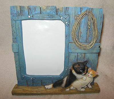 Adorable Resin Picture Or Photo Frame Featuring Cats In The Barn
