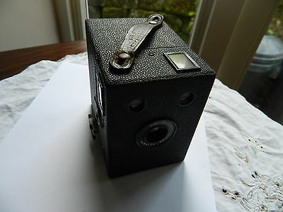 Kodak Six-20 Hawkeye-Major  Brownie   Box camera