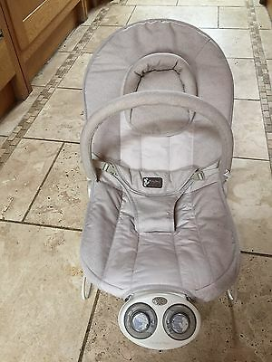 Mamas And Papas Vibrating Musical Baby Chair