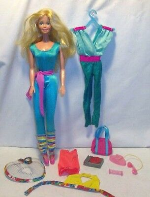 1983 GREAT SHAPE BARBIE w/ Work Out Bag, 6 Pieces Extra Clothing & Accessories