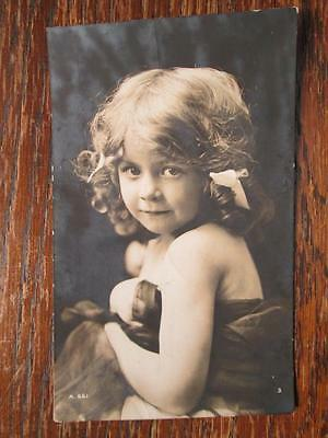 BEAUTIFUL LITTLE GIRL - ROTARY PHOTO No A.661 (1910s)