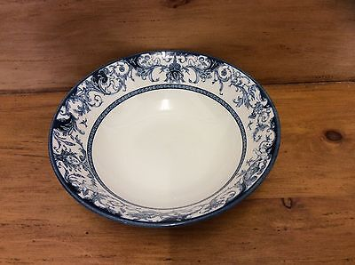 Vtg Blue & White Queen's China-The Royal Palaces- Serving/vegetable/salad Bowl