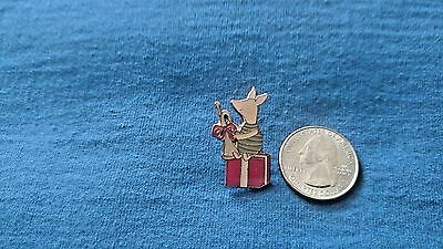 DISNEY Pin 3112 Piglet with trumpet