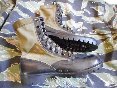 ORIGINAL vintage 1966 US ARMY ISSUE Vietnam PATTERN JUNGLE BOOTS  USA 11 UK10