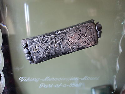 Viking-Merovingien-Mount-Part-of-a-Belt-with-Silver-Inlay