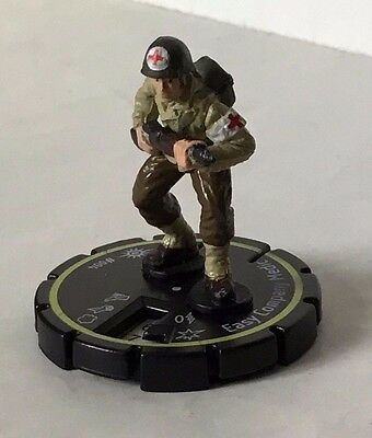 HeroClix Cosmic Justice #004  EASY COMPANY MEDIC  Rookie  DC