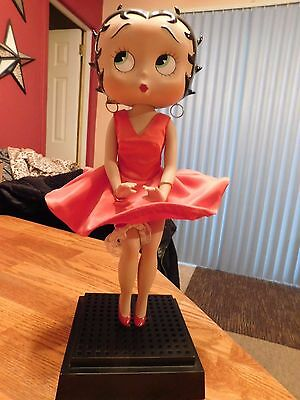 Betty Boop Rare Figurine Danbury Mint