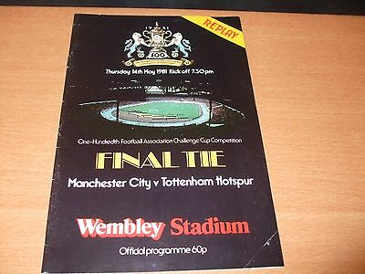 1981 FA CUP FINAL REPLAY MANCHESTER CITY v TOTTENHAM