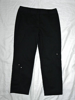 womens LAUREN VIDAL black capri pants size M