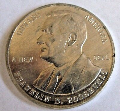 Franklin D. Roosevelt / New Deal / NRA Member / Onward America Coin Medal Token