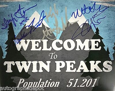 TWIN PEAKS cast signed photograph  REAL/OBTAINED IN-PERSON/PIC PROOF