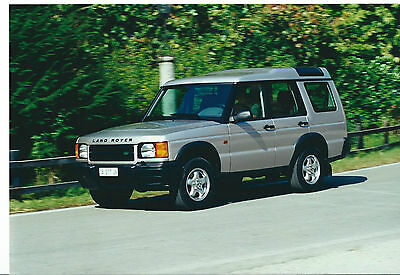 Land Rover Discovery  4.8 V8 Original Italian Press Photograph Mint Condition