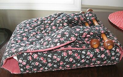 Handmade QUILTED COUNTRY ROSES casserole carrier wooden dowels handles potluck