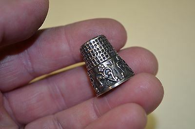 Antique Fancy Sewing Thimble w/ Fancy Floral Design * STERLING OR PEWTER ??? *