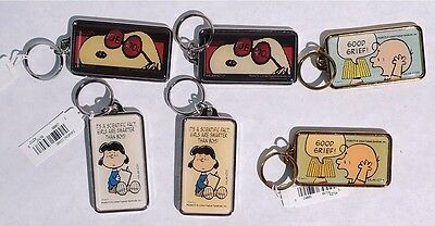 P256 Lot of 6: PEANUTS Metal Keychains SNOOPY, CHARLIE BROWN, & LUCY