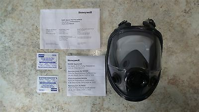 North By Honeywell 54001 Size M/L Low Maintenance Full Face Respirator