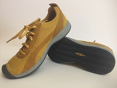 KEEN $85 Women's Yellow Auckland Lace Up Athletic Running Sneaker Shoe - Size 5