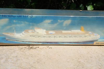 TRIANG MINIC SHIPS M715 CANBERRA mint in box