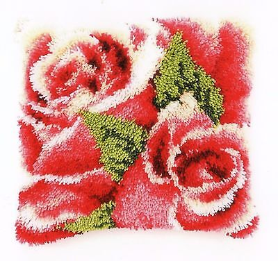 PINK ROSES LATCH HOOK CUSHION KIT by VERVACO, 16 x 16 INS BRAND NEW