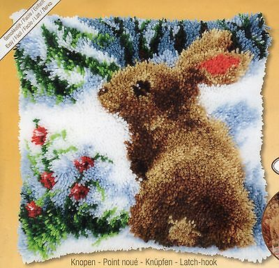HOLLY RABBIT LATCH HOOK CUSHION KIT by VERVACO, 16 x 16 INS BRAND NEW