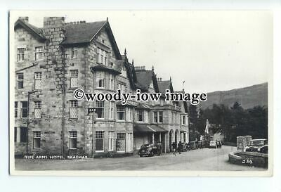 tq1220 - The Fife Arms Hotel with Parked Cars outside, in Braemar - Postcard