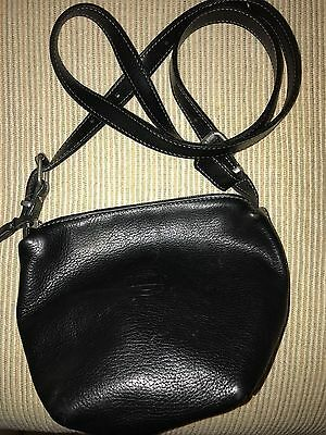 ROOTS Canada Black Leather Cross Body Shoulder Small Square purse