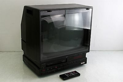 """Amstrad TVR-3 Televideo 20"""" TV w/ Built in VHS Player"""