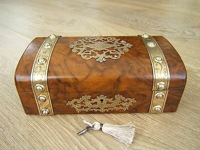 LOVELY 19c VICTORIAN HIGHLY FIGURED WALNUT ANTIQUE JEWELLERY BOX - FAB INTERIOR