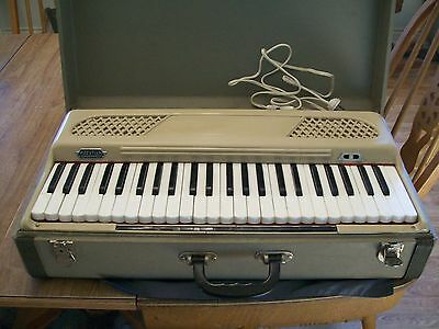 Vintage Koestler W. German Portable Electric Suitcase Keyboard