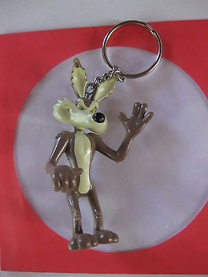 Rare Coyote (Road Runners Arch Enemy) Figurine  Key Ring Condition New