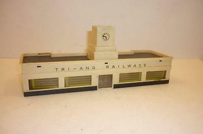 TRIANG TT gauge STATION BOOKING OFFICE with TOWER CLOCK  - T25,                s