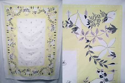 Vtg Tablecloth Pale Yellow Vines Leaves Black Cotton Fabric Border Design 48x67