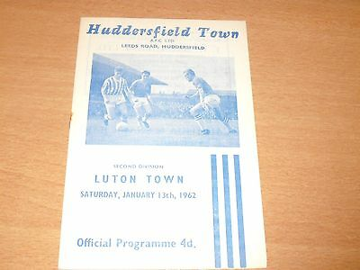 1961- 1962 HUDDERSFIELD v LUTON  LEAGUE MATCH