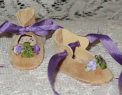 """Rosette"" 27 cm JN Body ~ Leather Doll Shoes ~FANCY Style~Ecru Suede /Purple"