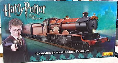 Hornby OO R1095M Harry Potter Order of the Phoenix  Train Set  Mint
