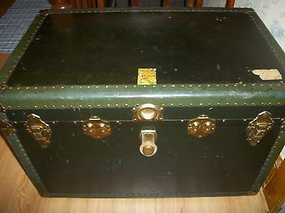 Antique Neverbreak Steamer Trunk w/Key   1920's