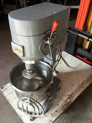 Atlas dough mixer single phase 220/240 volts come with 2 mixing attachments.