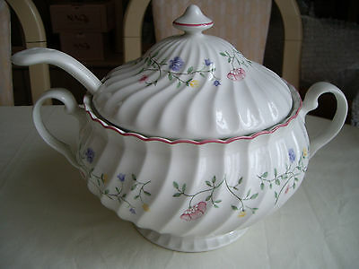 Johnson Brothers Summer Chintz Soup Tureen And Ladle