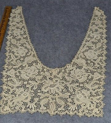 antique large lace collar maltese Brussels ?? white very good original