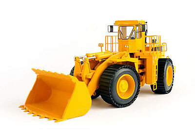 CCM 1:48 Cat® 992C Wheel Loader w/ Beadless Tires–  Closed Edition. MIB.