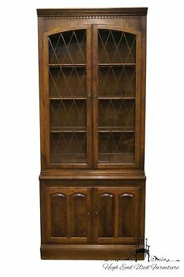 ETHAN ALLEN Classic Manor 34″ Lighted Display / China Cabinet