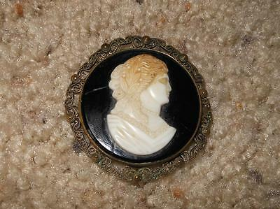 "Vintage Czechoslovakia Black Glass & Cameo Filigree Brooch 2"" Round"