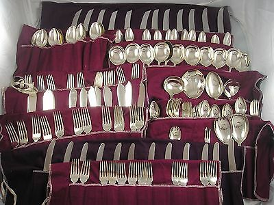 VICKERS 1935 HEPPLEWHITE SILVER CANTEEN CUTLERY 6744 grams 12 Place Setting