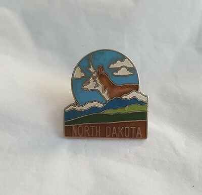 Vintage North Dakota Souvenir Pin Lapel Pin Hat Pin Travel Pin ND Pin