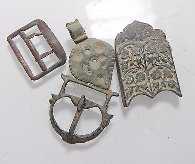 Zurqieh - Ancient Jordan Lot Of 4  Bronze Belt Buckles. 300- 1900 A.d